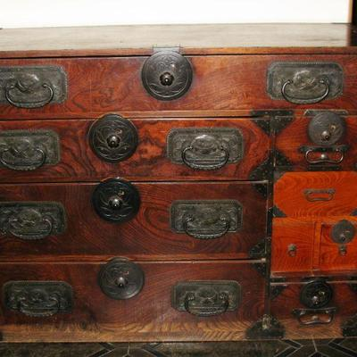 Oriental Asian chest from the very early 1900's    BUY IT NOW