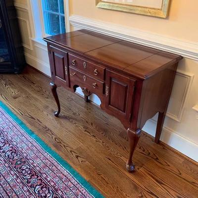 Wondrous Gunning And Company Estate Sales Haverford Pa 19041 Pdpeps Interior Chair Design Pdpepsorg