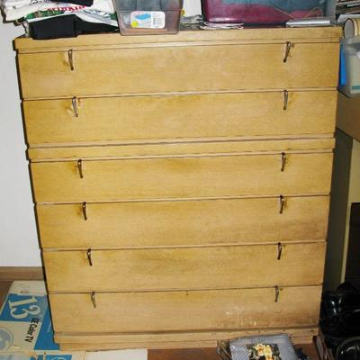CHEST OF DRAWERS   BUY IT NOW $ 50.00