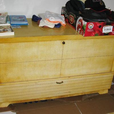 HOPE CHEST   BUY IT NOW $ 40.00