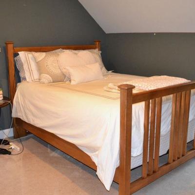 Bassett queen bed