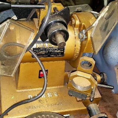 Darex M1 drill sharpener working,