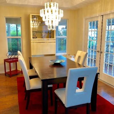 Dark Walnut Dining Table w/Leaf and 4 Vinyl Chairs - $ 495 - (42W  78L w/18