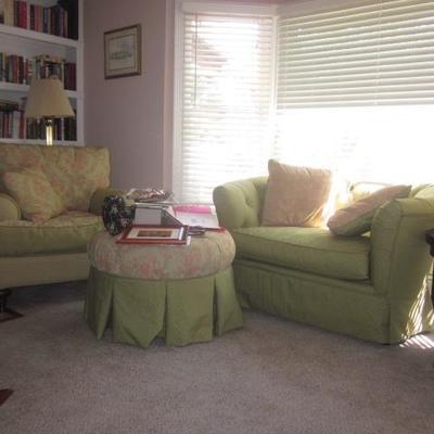 Kincaid Comfortable Living Room Suite