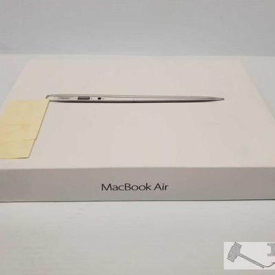 NEW, Apple MacBook Air 11