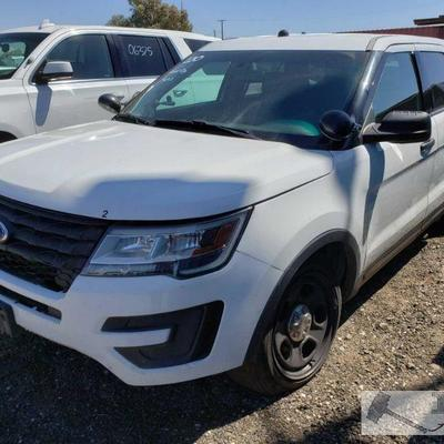 200: 2016 Ford Explorer, White, Power windows, power mirrors and locks Year: 2016 Make: Ford Model: Explorer Vehicle Type: Multipurpose...