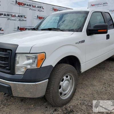 192-2013 Ford F-150, White CURRENT SMOG Current Smog, 4WD, Cold AC, Power windows, Power mirrors, folding front center seat, bed tool...