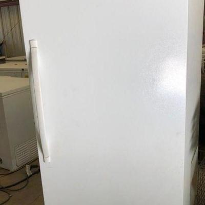Sears Upright Freezer Sears Upright Freezer.  Is in good working condition.  Height 70