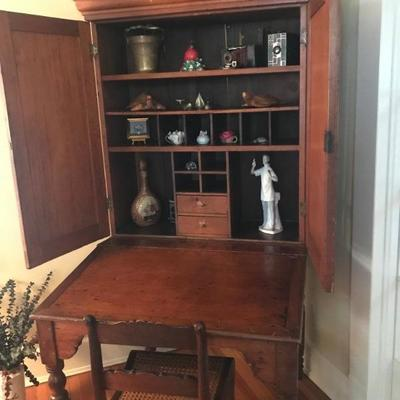 Kentucky Plantation Desk
