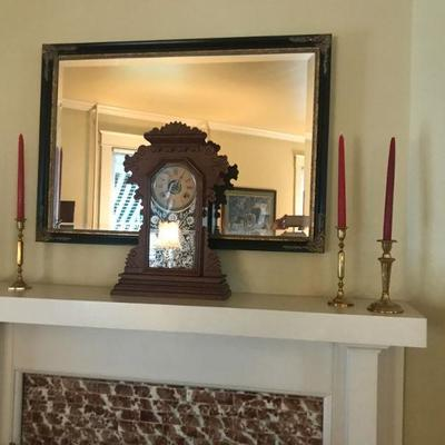 Mirror , mantle clock
