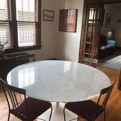 Beautiful Carrara Mable Table imported from Italy