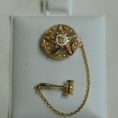 14 k 1955 -54 Eastern Star Pin with Pearls