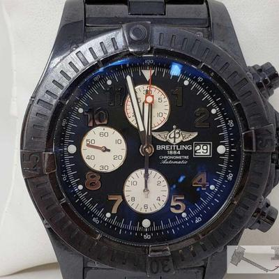 560: Breitling Wristwatch Measures approximately 50mm Marked A13370 Case included