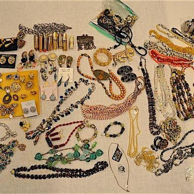 Fine and Costume Jewelry, Golden Watches, Watches