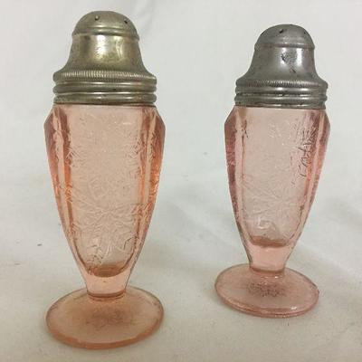 S&P shakers Pink Depression Glass