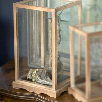 Many styles of glass display cases