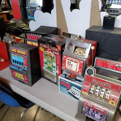 Small size slot machines and regular slot machines
