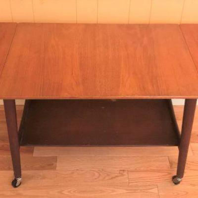 Danish mid-century Trolley/Serving table designed by Hans J. Wegner. Made in Denmark. True vintage mid-century furniture.