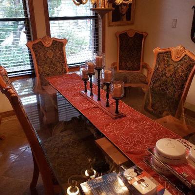 Lovely Dinning set