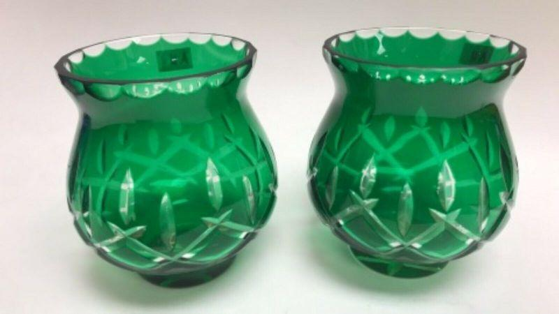 AH3011: TWIN GREEN GLASS VASE/ CANDLE VOLTIVE  https://www.ebay.com/itm/123983460784