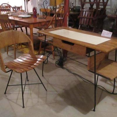 Umanoff RARE swivel Chair and Desk