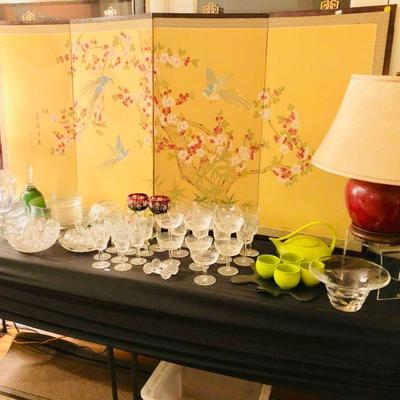 Asian screen, decor, crystal, table lamps w/silk lamp shades