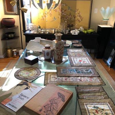 Asian vases, silk tapestry