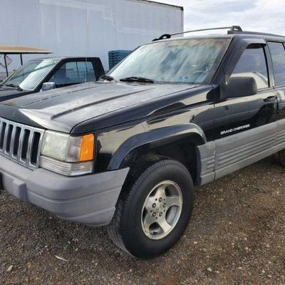 1998 Jeep Grand Cherokee Multipurpose Vehicle (MPV) Year: 1998 Make: Jeep Model: Grand Cherokee Vehicle Type: Multipurpose Vehicle (MPV)...