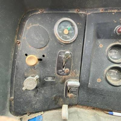 1986 Ford 8000 Diesel Vac Truck - See Videos....
