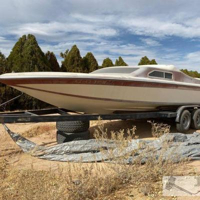92: 1978 24' Hawaii Daycruiser Jet Boat Boat Vin: IBG 1 207209 77 78 Boat has no motor. Berkeley Jet drive. Trim Tabs. Swim step ladder...