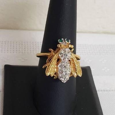 Ladies Ring - Size 8 - 18K HGE - Green Eyed Honeyb ...