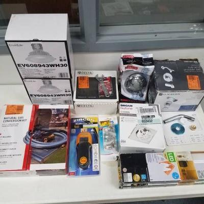 Mixed lot of itemsS