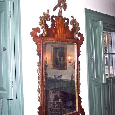 PERIOD AMERICAN CARVED & GILDED EAGLE MIRROR