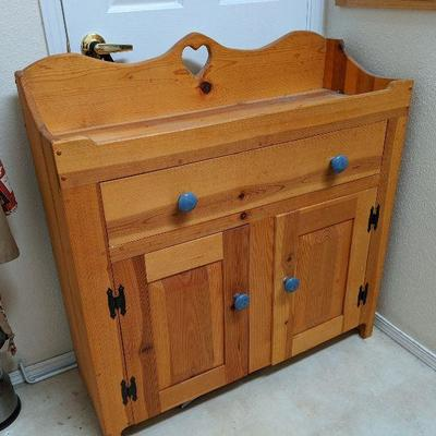 LB-118 Solid pine dry sink $125