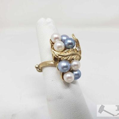 14k Gold Pearl Ring, 9.4 This beautiful 14k Gold Pearl Ring Weighs approximately 9.4g and is a size 6.5 approximately Metal Type: Yellow...