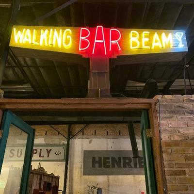 Double sided three color neon bar sign