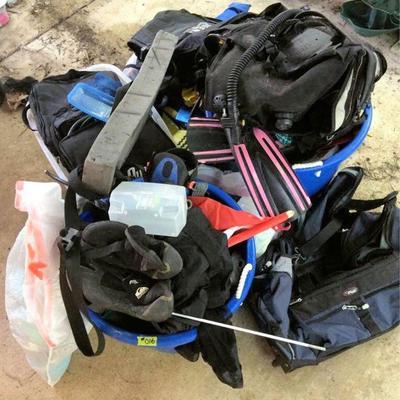 HFS016 Assorted Diving Equipment