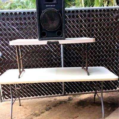 HFS019 Two Folding Tables & Speaker