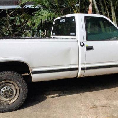 HFS017 1999 Chevrolet C2500 Long Bed Truck