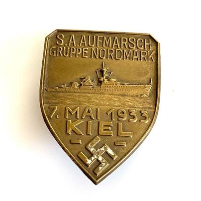 A 1933 S.A. AUFMARSCH GRUPPE NORDMARK BADGE A 1933 S.A. Aufmarsch Gruppe Nordmark Badge in die stamped bronze, 46mm in very fine condition