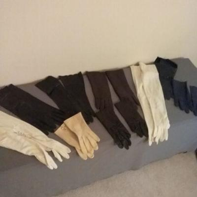 Assortment of Women's Fine Gloves