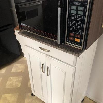 Micro wave and cabinet