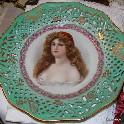 German Portrait reticulated plate