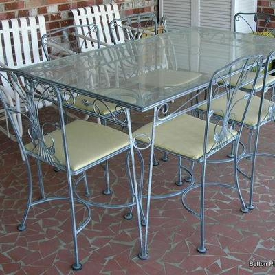 Vintage Solid Metal glass top outdoor Table with 6 chairs