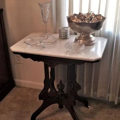 Victorian parlor table - all original
