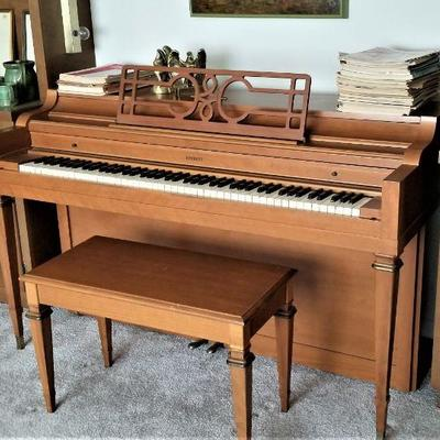 Everett spinet piano - great for a student learner.