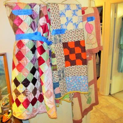 We have beautiful antique handmade quilts!