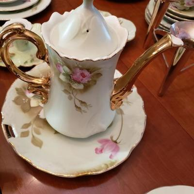 Vintage Lefton Green with Pink Roses Luncheon Set