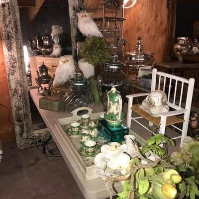 Amazing cottage design items!  All unpacked!