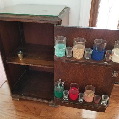 Lot # 4 - $175 Vintage Bar